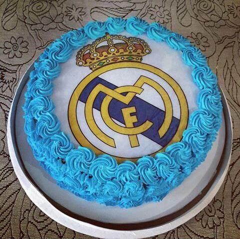 Magnificent Real Madrid Cake 1 In Surat 1 Kg Cakestudio Funny Birthday Cards Online Elaedamsfinfo